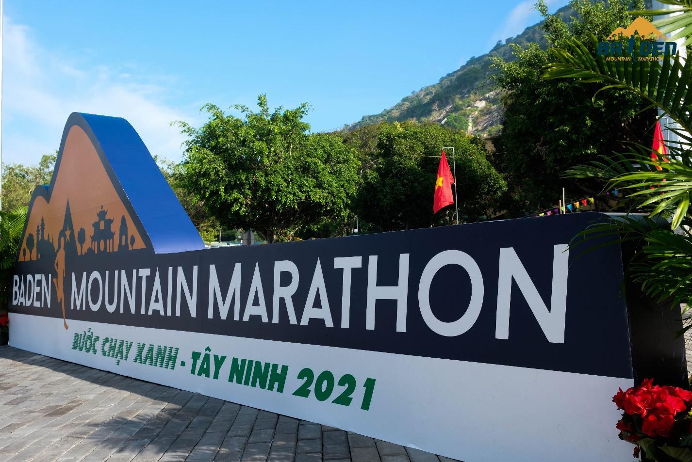 Ấn tượng với giải chạy marathon quy mô đầu tiên của Tây Ninh - Ảnh 1.