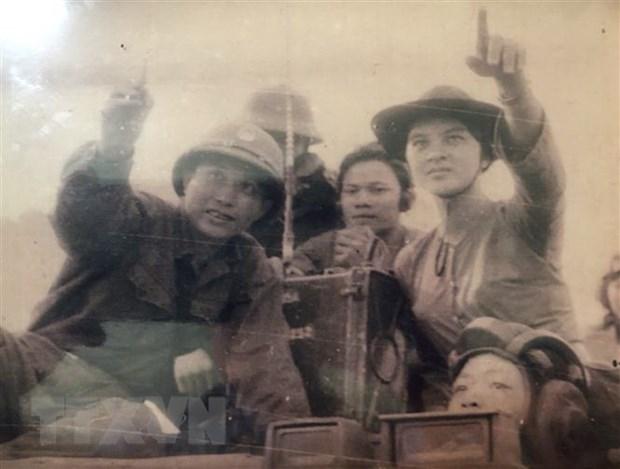 Cô gái Bình Dương kể chuyện từng ngồi xe tăng chỉ đường bộ đội tiến đánh giải phóng Sài Gòn  - Ảnh 2.