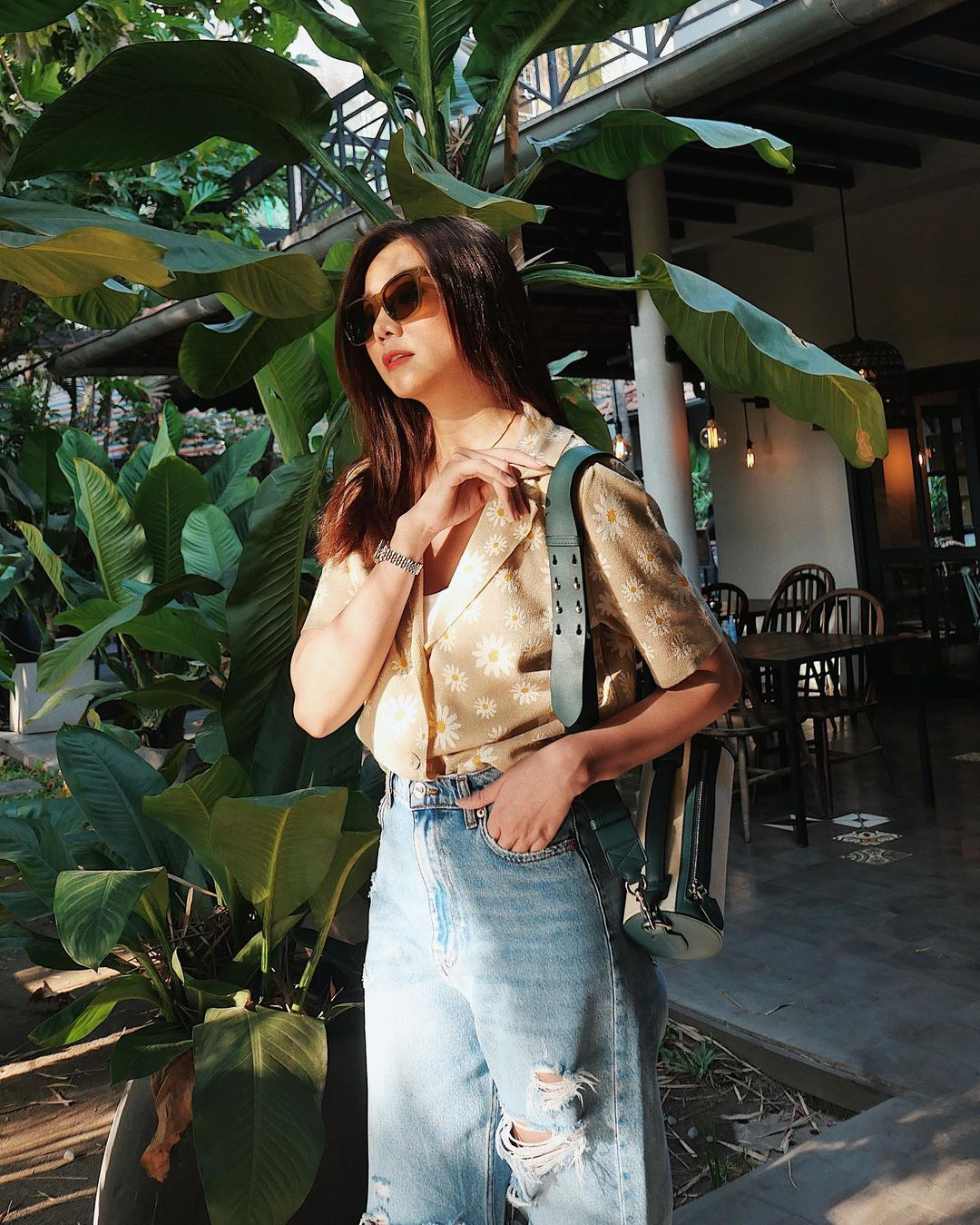Thanh Hằng mới cập nhật một loạt outfit mùa Hè xinh ngây ngất, nàng 30  học theo thì đảm bảo trẻ trung mà vẫn thanh lịch - Ảnh 7.