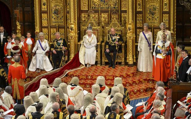 Những khoảnh khắc hạnh phúc trong 74 năm chung sống của Nữ hoàng Anh Elizabeth II và Hoàng thân Philip - Ảnh 9.