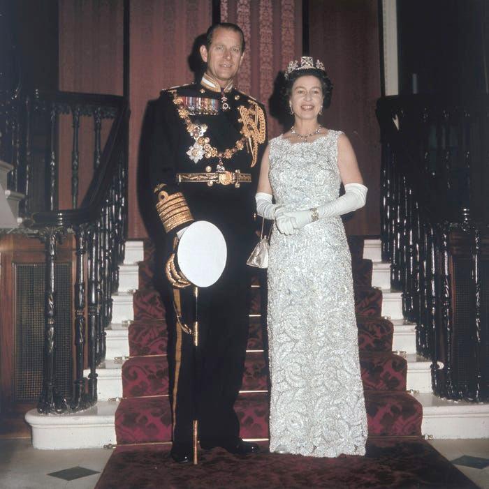 Những khoảnh khắc hạnh phúc trong 74 năm chung sống của Nữ hoàng Anh Elizabeth II và Hoàng thân Philip - Ảnh 6.