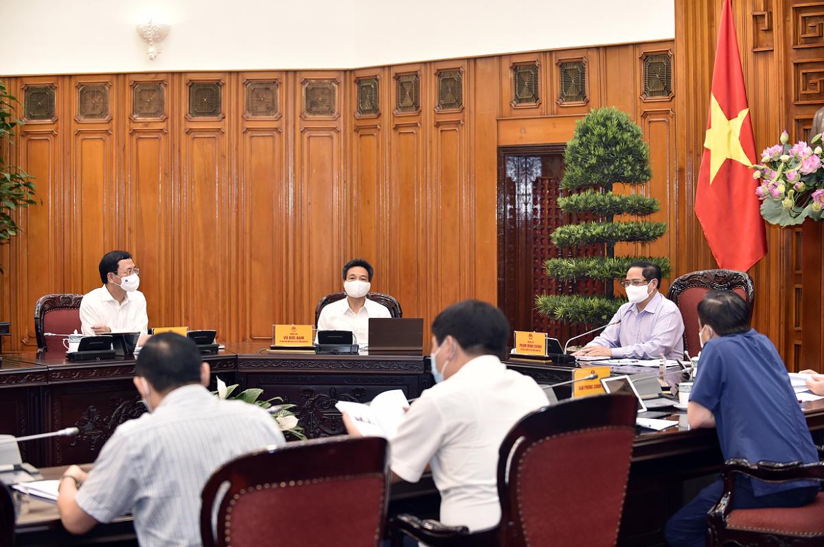 Thủ tướng nêu các định hướng chiến lược phát triển cho ngành thông tin và truyền thông - Ảnh 4.