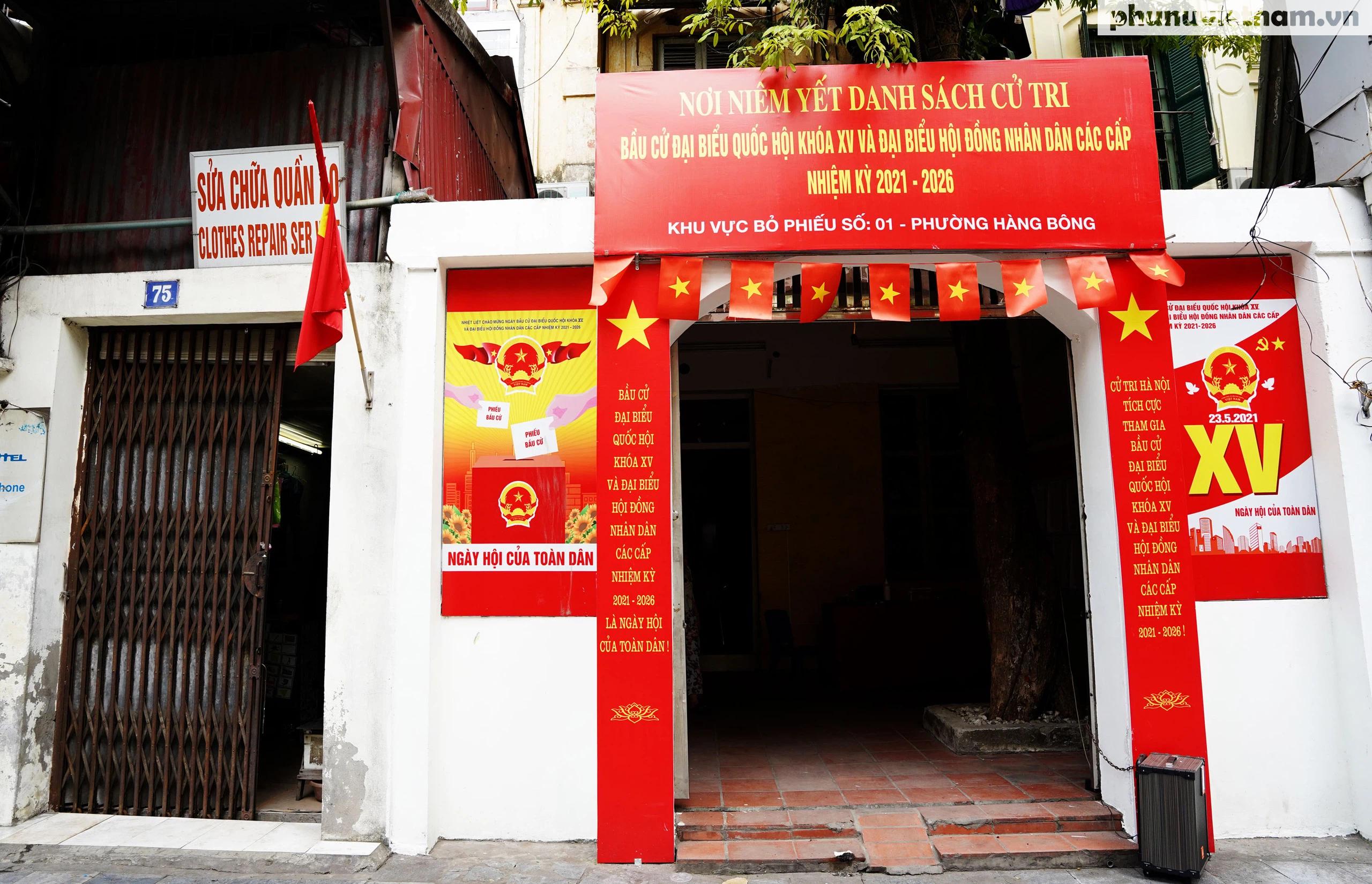 """Phố phường Hà Nội rừng rực khí thế chào mừng """"Ngày hội của toàn dân"""" - Ảnh 9."""
