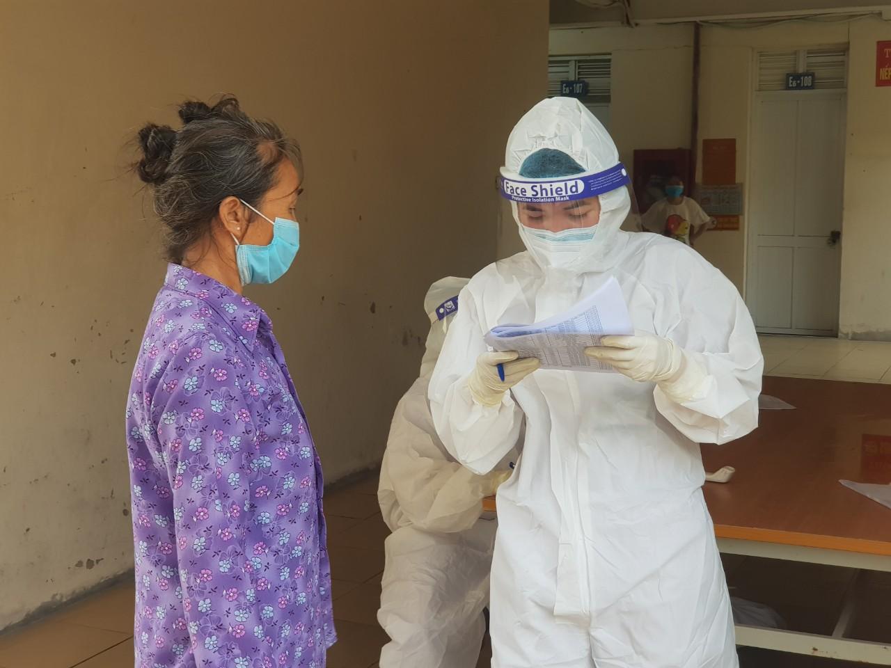 """Nữ bác sỹ trẻ ở Bắc Ninh mong hết dịch  để được """"phát"""" người yêu  - Ảnh 3."""