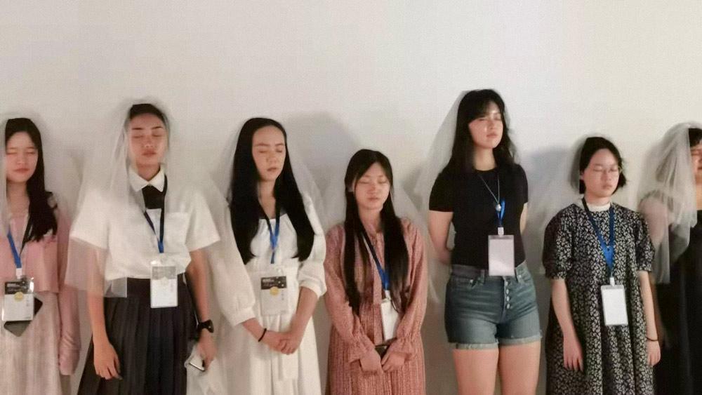 Giới trẻ Trung Quốc: đẹp là phải gầy và xu hướng ăn kiêng cực đoan - Ảnh 6.