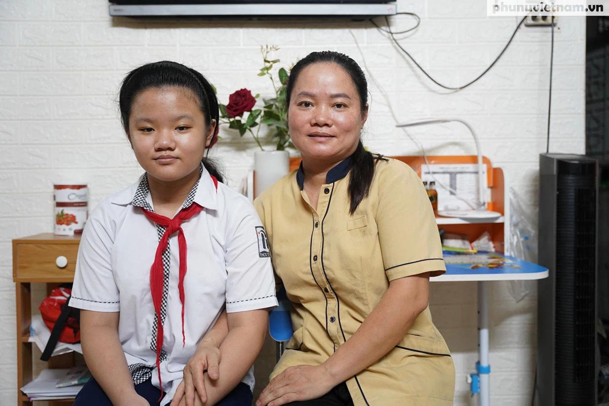 Cô học trò lớp 6 ủng hộ khẩu trang, 1 triệu đồng phòng chống dịch Covid-19 - Ảnh 1.