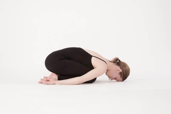 Tăng sức đề kháng với Covid-19 bằng 6 động tác yoga này - Ảnh 3.
