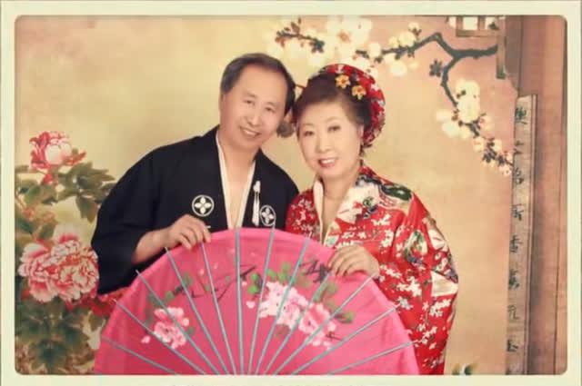 Người chồng 20 năm dắt vợ đi du lịch khắp nơi để quên nỗi đau bệnh tật - Ảnh 3.