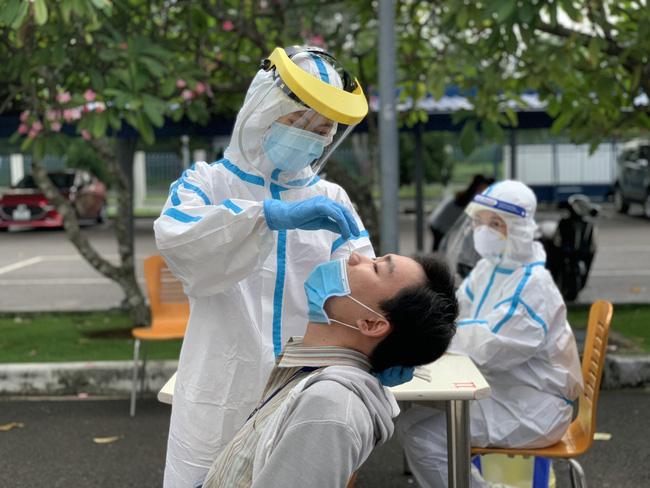 Thành lập Nhóm tu sĩ thiện nguyện hỗ trợ phòng, chống dịch Covid-19 tại TPHCM - Ảnh 1.