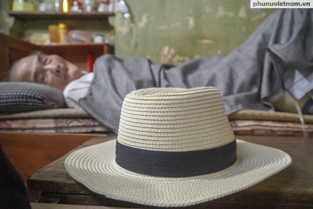 """Lần gặp mặt cuối cùng giữa """"Hùng xám đường số 4"""" 101 tuổi với nhà văn Sơn Tùng - Ảnh 4."""