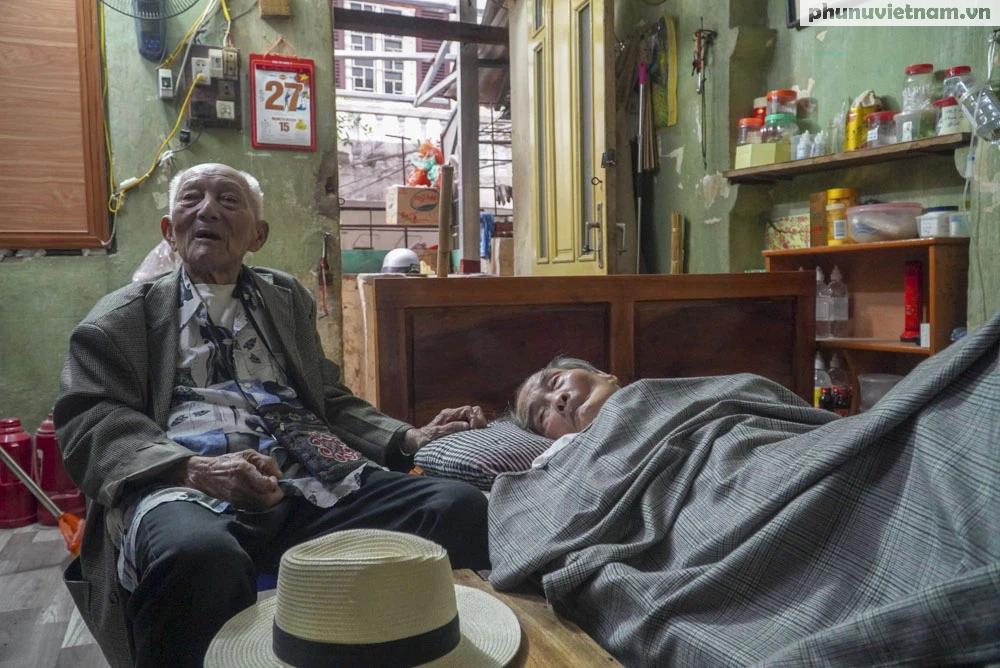 """Lần gặp mặt cuối cùng giữa """"Hùng xám đường số 4"""" 101 tuổi với nhà văn Sơn Tùng - Ảnh 7."""