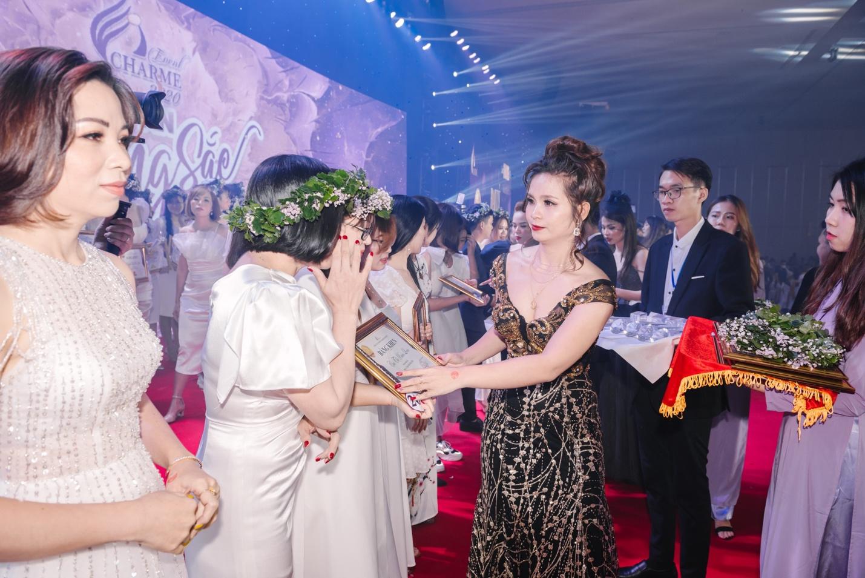 Võ Thị Linh- Khởi nghiệp và bứt phá thành công nhờ kinh doanh nước hoa Charme - Ảnh 4.