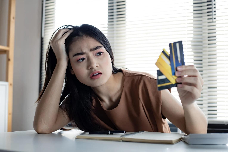 Nếu còn giữ 8 cách tiêu tiền này, suốt đời bạn sẽ chẳng bao giờ ổn định về tài chính đâu! - Ảnh 1.