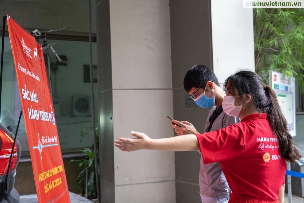 Nỗ lực tiếp nhận máu, cứu nguy cho các bệnh nhân cần máu trên cả nước - Ảnh 1.
