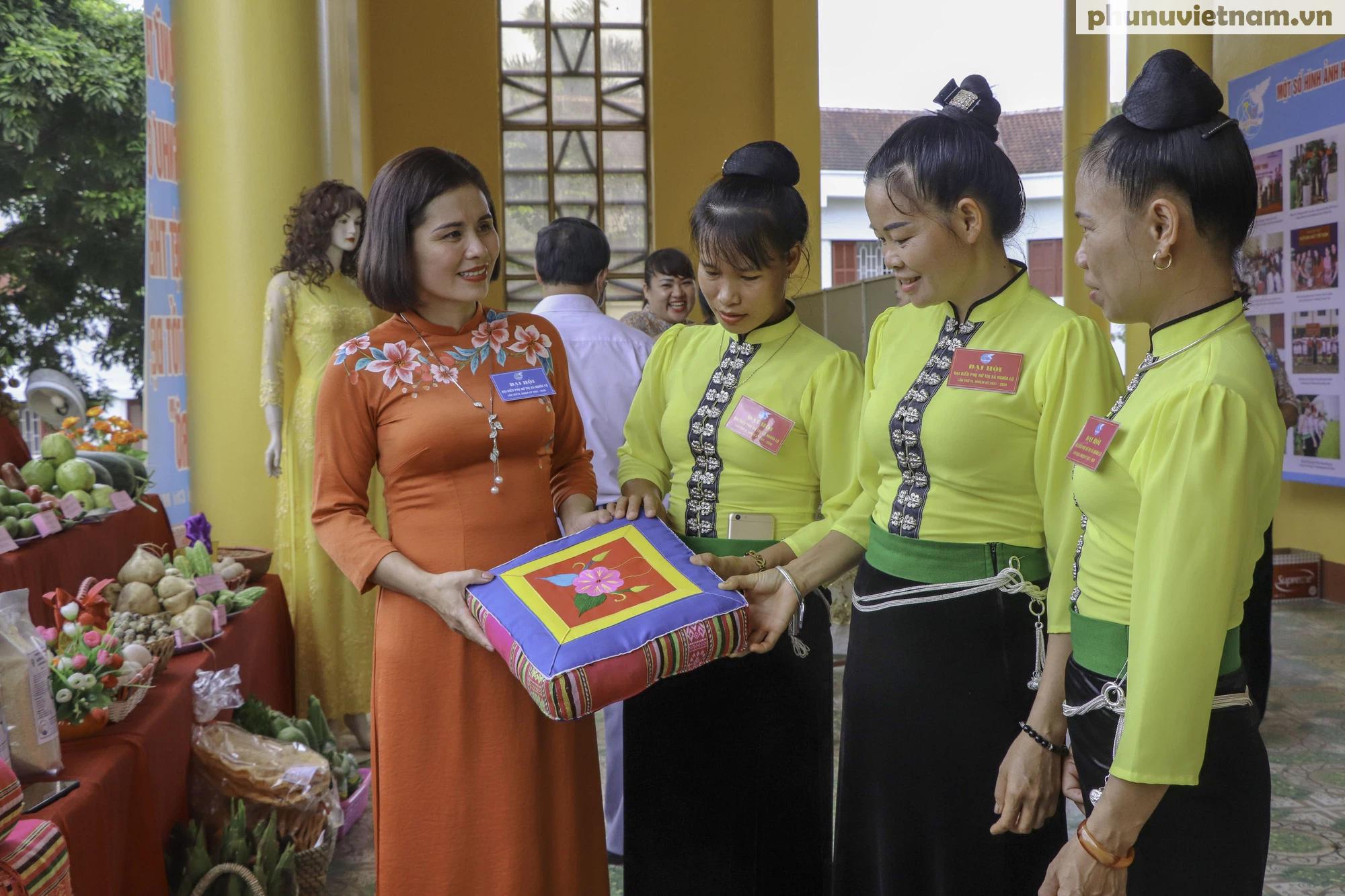 Yên Bái tổ chức thành công Đại hội đại biểu phụ nữ cấp huyện, thị, thành phố - Ảnh 2.