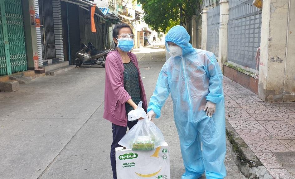 Nutifood giảm sâu giá sữa đến 50% tại Hà Nội    - Ảnh 3.