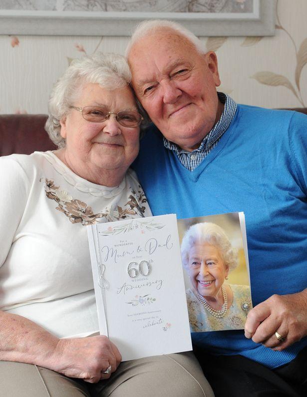 Cặp đôi yêu nhau từ khi 15 tuổi, hôn nhân 60 năm viên mãn - Ảnh 2.