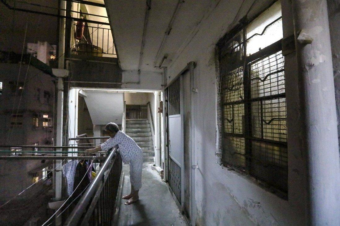 Hồng Kông: Những cái chết cô độc gia tăng vì đại dịch - Ảnh 3.