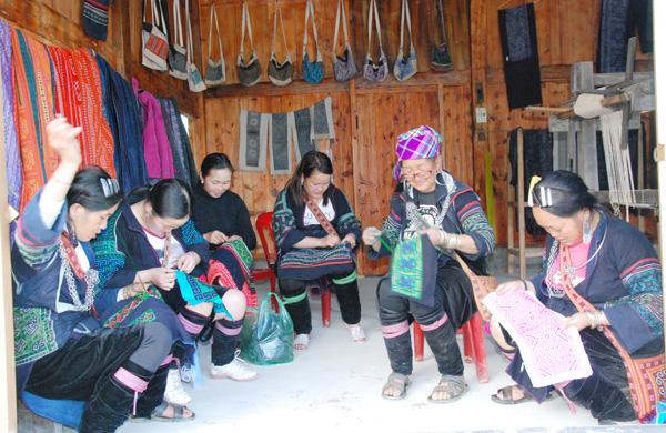 Lào Cai: 2/3 ý tưởng kinh doanh là của phụ nữ dân tộc thiểu số - Ảnh 1.