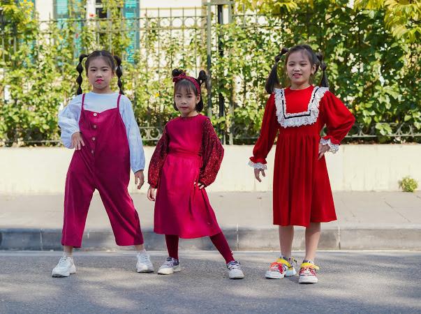 """Bộ sưu tập """"Noel xuống phố"""" với các mẫu thiết kế mới nhất dành cho mùa lễ hội của thương hiệu thời trang trẻ em cao cấp K's Closet"""