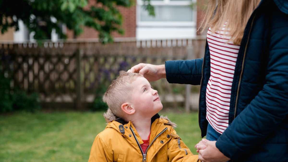 Cách dạy con cho đi nhiều hơn nhận lại - Ảnh 1.