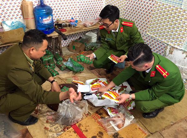 Cơ quan chức năng tinh Sơn La phát hiện 460kg nguyên liệu thực phẩm không có giấy tờ chứng minh nguồn gốc, xuất xứ