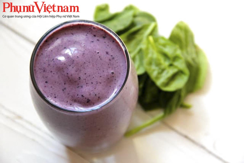 Trái việt quất tạo màu tím hấp dẫn cho ly sinh tố