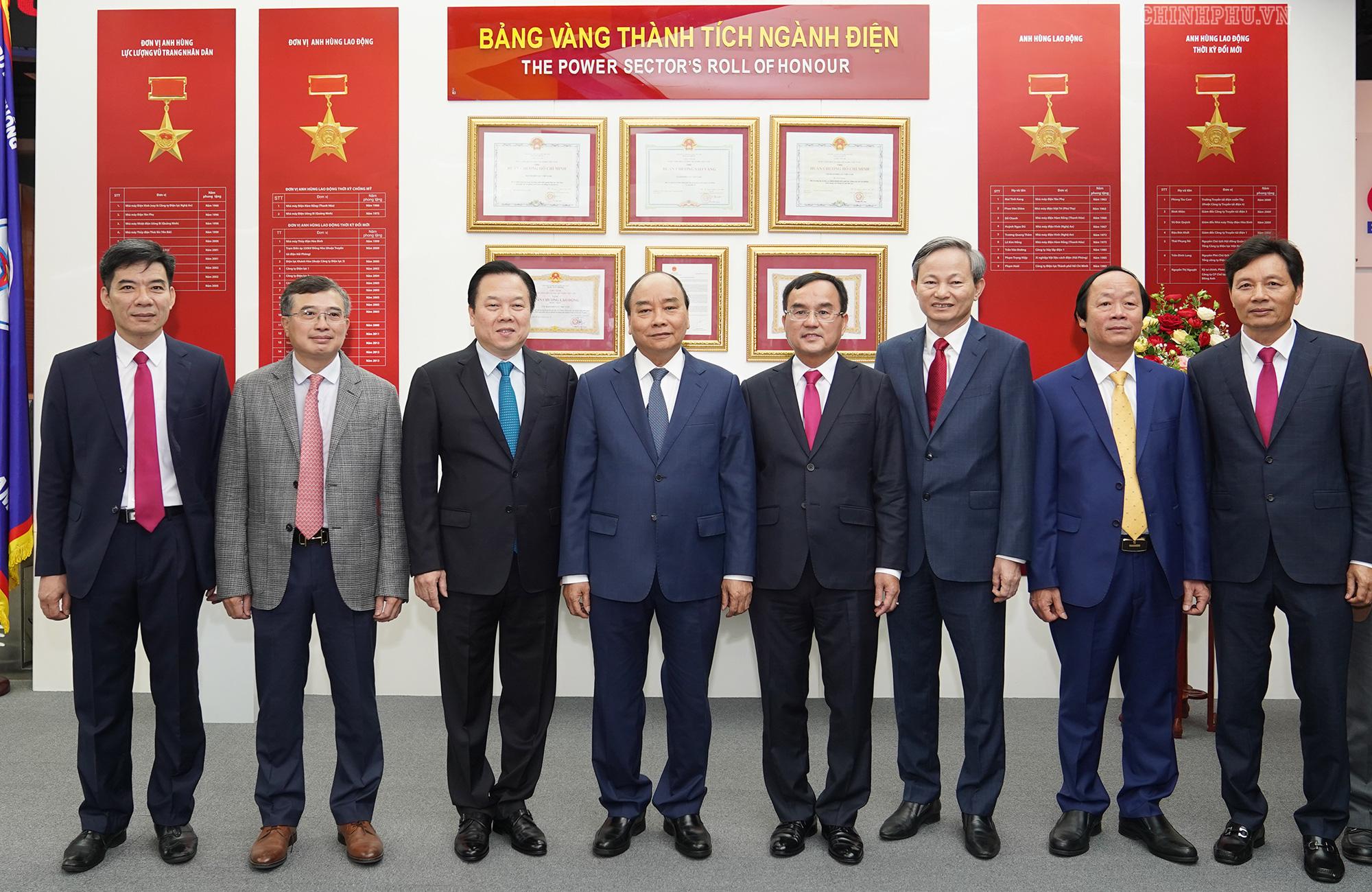Điện lực Việt Nam hiện có 28 triệu khách hàng - Ảnh 5.
