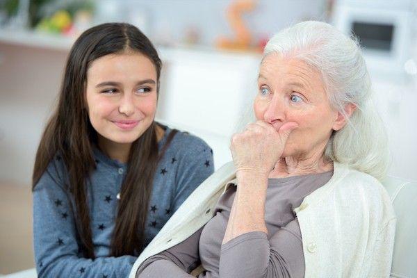 Con mong khi bà nói gì, dạy gì con thì điều quan trọng nhất bà phải tôn trọng con. Ảnh minh họa