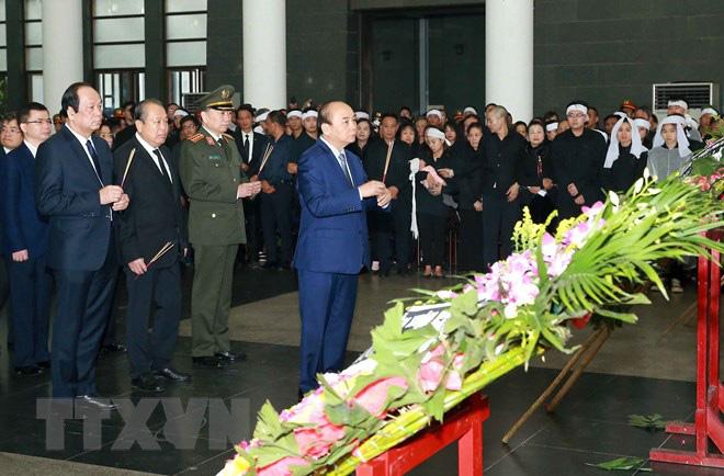 Tổ chức trọng thể Lễ tang 3 liệt sỹ hy sinh tại Đồng Tâm - Ảnh 2.