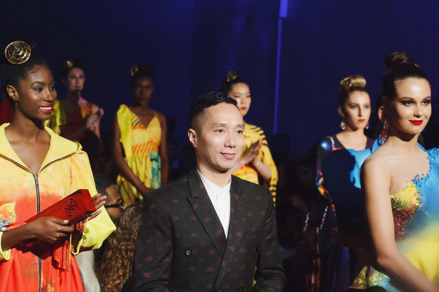 NTK Đỗ Trịnh Hoài Nam quyết tâm góp phần đưa áo dài trở thành Di sản Quốc gia - Ảnh 4.