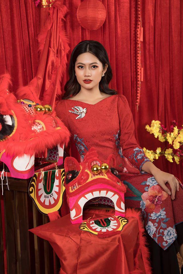Dàn mỹ nhân Miss Photo diện áo dài đỏ rực đón Tết Canh Tý - Ảnh 1.