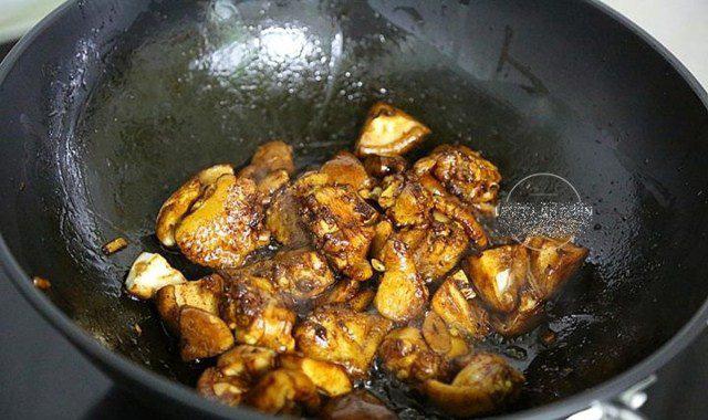 """Đổ cả gà lẫn gạo vào nồi cơm điện, sáng ra có món ngon """"thần thánh"""", cả nhà tấm tắc - Ảnh 6."""