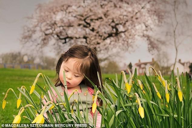 Cô bé 4 tuổi mắc bệnh Down trở thành người mẫu nhí - Ảnh 6.