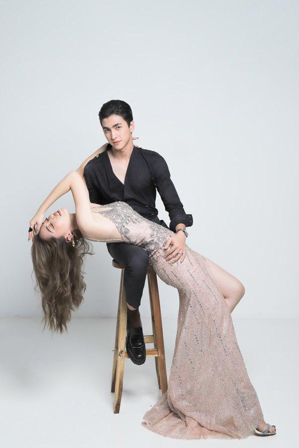 Phương Nga, Bình An tung bộ ảnh thời trang, kỷ niệm 1 năm công khai tình cảm - Ảnh 4.