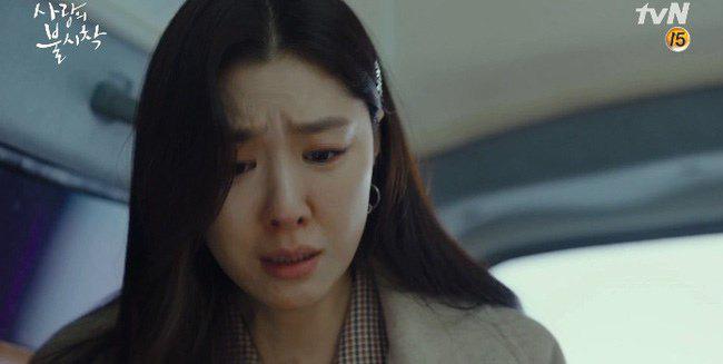 """Kết """"Hạ Cánh Nơi Anh"""" chưa được tiết lộ: Son Ye Jin lộ bụng bầu sắp sinh với Hyun Bin - Ảnh 12."""