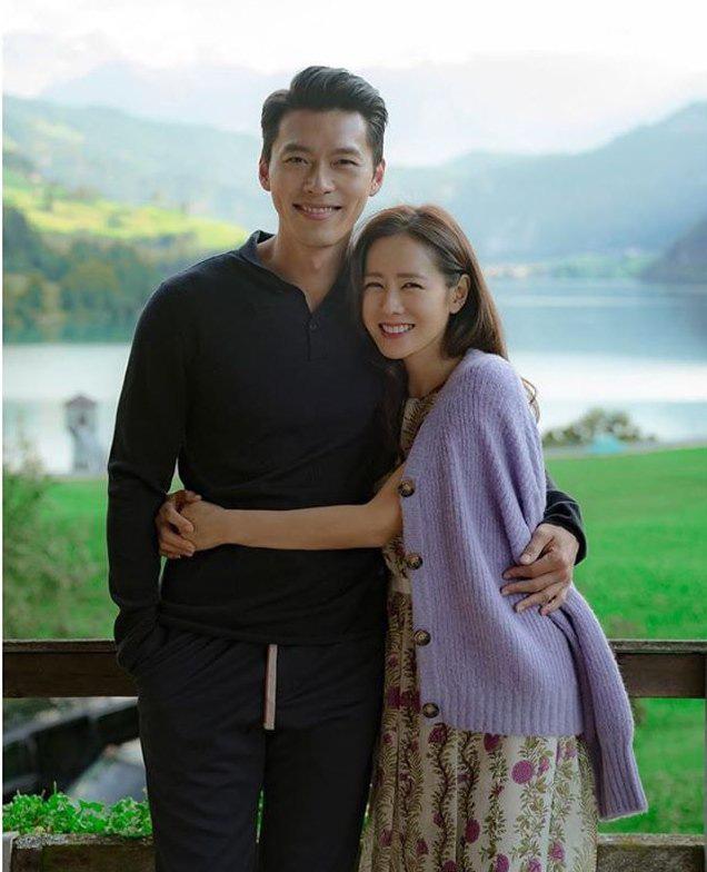 """Kết """"Hạ Cánh Nơi Anh"""" chưa được tiết lộ: Son Ye Jin lộ bụng bầu sắp sinh với Hyun Bin - Ảnh 3."""