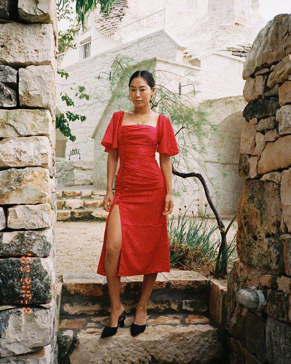 Học Đoan Trang diện váy lụa màu sắc, chị em sẽ luôn ngọt ngào và bay bổng - Ảnh 10.