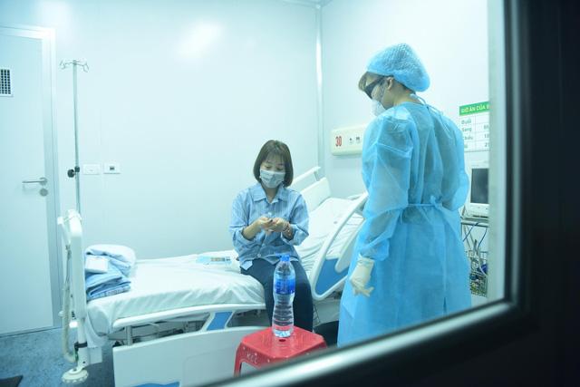 Dùng huyết tương, thuốc chống sốt rét để điều trị virus covid-19 - Ảnh 1.