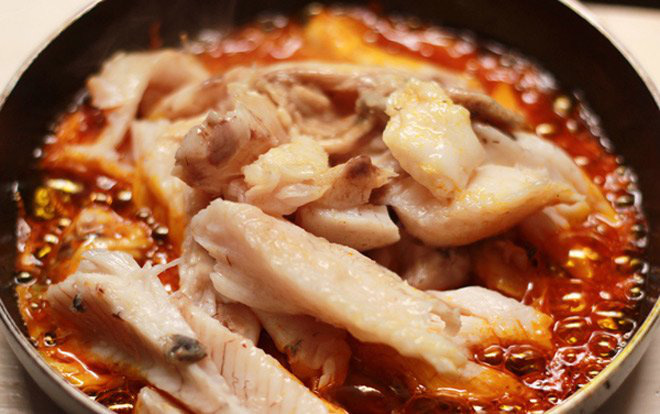 Học nhanh 3 cách nấu bún cá lóc đúng chuẩn đặc sản miền Tây, miền Bắc - Ảnh 2.