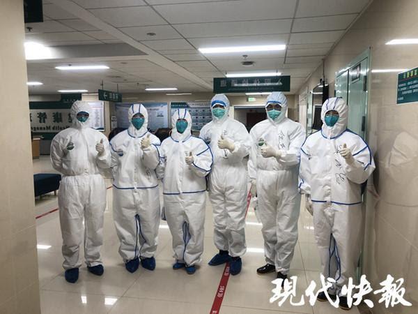 Những nữ anh hùng áo trắng 9x ở Vũ Hán: Sau dịch bệnh, nhiều người sẽ trân trọng mỗi ngày được sống - Ảnh 7.