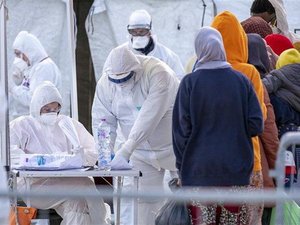 Số người nhiễm vượt 1.000, Italy trở thành ổ dịch Covid-19 lớn thứ 3 - Ảnh 1.