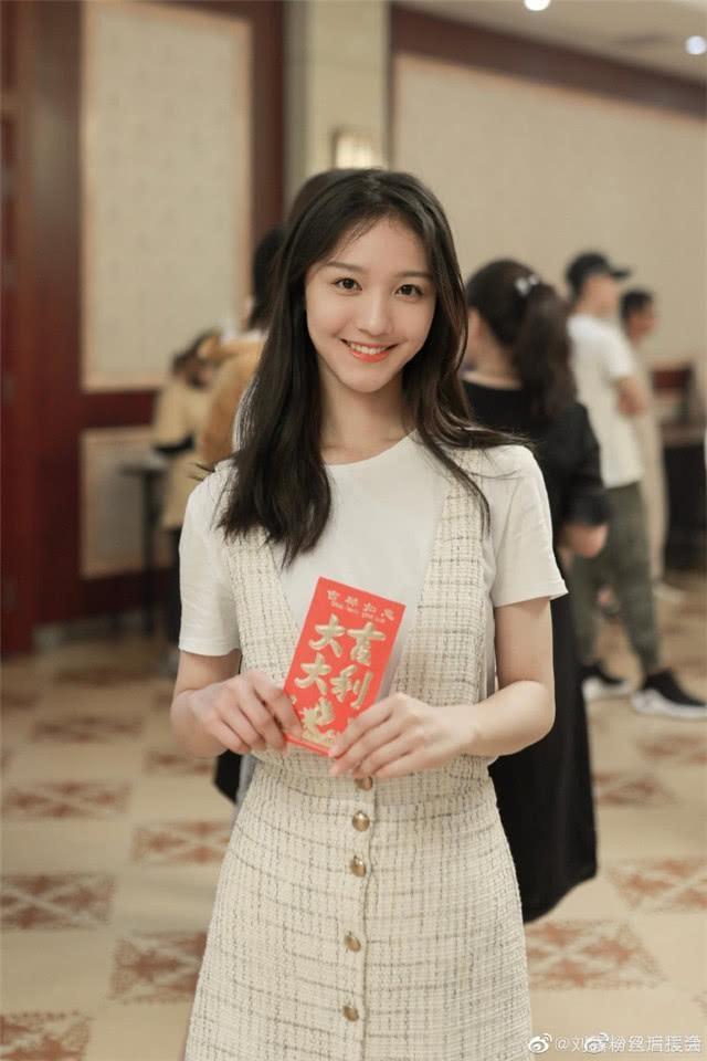 """Kỹ xảo """"lởm"""": Nữ diễn viên phim 'Tam thiên nha sát' (Trung Quốc) bị đổi mặt dị dạng, khán giả khóc thét - Ảnh 5."""