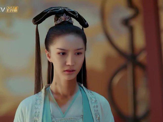 """Kỹ xảo """"lởm"""": Nữ diễn viên phim 'Tam thiên nha sát' (Trung Quốc) bị đổi mặt dị dạng, khán giả khóc thét - Ảnh 2."""