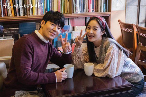 """Sau khi lấy chồng, thay đổi lớn nhất của Kim Tae Hee là trở thành người đàn bà """"lắm lời"""" - Ảnh 2."""