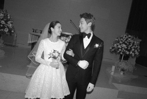 """Sau khi lấy chồng, thay đổi lớn nhất của Kim Tae Hee là trở thành người đàn bà """"lắm lời"""" - Ảnh 8."""