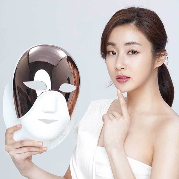Hiệu quả dưỡng da thần thánh của mặt nạ đèn Led được giới trẻ Hàn phát cuồng, sao Việt thích mê - Ảnh 2.