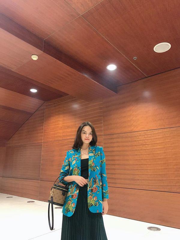 Than thở chuyện vóc dáng đẫy đà nhưng Phạm Quỳnh Anh vẫn diện váy ôm sát đẹp xuất sắc - Ảnh 13.