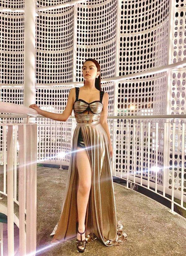 Than thở chuyện vóc dáng đẫy đà nhưng Phạm Quỳnh Anh vẫn diện váy ôm sát đẹp xuất sắc - Ảnh 7.