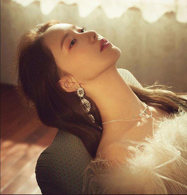 """""""Nữ thần nhan sắc"""" xứ Hàn bật mí bí quyết chăm da trắng mịn không tì vết - Ảnh 4."""